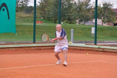 Теннис в возрасте 93 лет