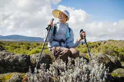 Самая пожилая покорительница Килиманджаро