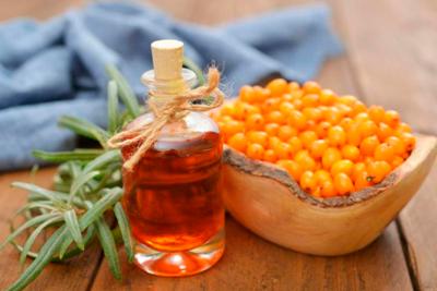 Полифункциональное лекарство с маслом из облепихи в составе